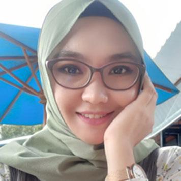 Erna Azura